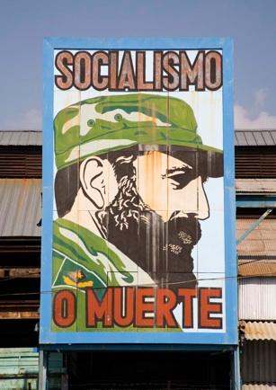Claire Boobbyer_Socialismo billboard-1